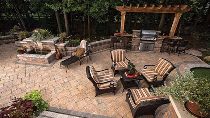 Create a patio scene that sells!